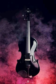The Music Point Black Violin, this is what I am learning to play! If you listen to the videos I have posted.you will understand my inspiration! Sound Of Music, Music Is Life, My Music, Music Notes, Violin Art, Violin Music, Musica Celestial, Musica Love, Black Violin