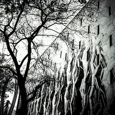 #photooftheday #rotterdam #city #rotterdamcity #holland #netherlands #blackandwhitephotography #blackandwhite #bw #canon #landscape #lines #geometric #geometrical #cityscape