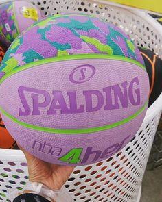 #sweetmotherofgod  Terpujilah desainer(?) bola basket ini.  #Spalding #BasketBall