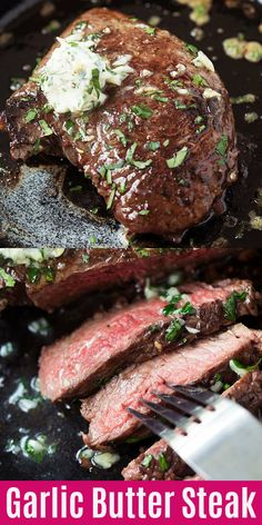 Garlic Butter Steak – juicy and tender steak cooked in a cast-iron skillet. Topp… Garlic Butter Steak – juicy and tender steak cooked in a cast-iron skillet. Topped with compound garlic butter, this skillet steak recipe is so easy and delicious! Skirt Steak Recipes, Easy Steak Recipes, Beef Recipes, Cooking Recipes, Steak Dinner Recipes, Top Sirlion Steak Recipes, Steak Dinners, Sirloin Steak Recipes, Cuban Recipes