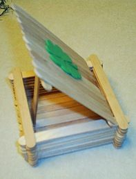 """leprechaun trap: Lexi loved making this and on St. Patti's the leprechaun left gold coins inside the trap with a note that read """"you can't catch me"""". St Patrick's Day Crafts, Cute Crafts, Craft Stick Crafts, Holiday Crafts, Holiday Fun, Craft Sticks, Wood Sticks, Popsicle Sticks, School Projects"""