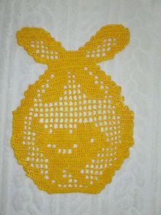Zawieszka-pisanka do okna. - Szydełko Bogusi - Szydełkowe Czary Mary Easter Crochet, Filet Crochet, Bunny, Diy, Decor, Easter, Table Toppers, Trapper Keeper, Crocheting