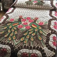 Google Image Result for http://chenille-bedspread.net/wp-content/uploads/2010/10/Peacock-Chenille-Bedspread.jpg