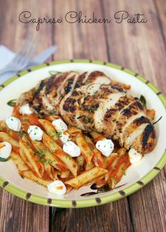 Grilled Chicken Caprese Pasta - balsamic marinated chicken over pasta and fresh mozzarella - all the flavors of your favorite salad in a pasta dish! Caprese Chicken Pasta, Grilled Chicken, Marinated Chicken, Grilled Shrimp, Pesto Pasta, Italian Dishes, Italian Recipes, Cooking Recipes, Healthy Recipes