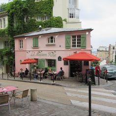 Is this the most photographed place in Paris? Probably not but it must be fairly close #paris #lamaisonrose #montmartre #parisian #parisjetaime #pariscartepostale #cafeculture #travelblogger #travelphotos #travel #topparisphoto #iloveparis #globe_travel #hello_france #hello_paris #citylife #visitparis #photofromparis #visitlafrance #vivalafrance #thisisparis #doitinparis #beautifuldestinations #iloveparis #parisisalwaysagoodidea
