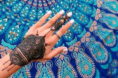 A Different Kind of Arm Candy: 10 Striking Henna Designs for Eid