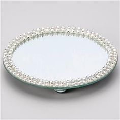 Suporte, Bandeja, Espelhado para Bolo Doces, Prestige - 2871 Tray Decor, Decoration Table, Crafts To Make And Sell, Diy And Crafts, Pearl Decorations, Mirror Box, Glam Room, Wedding Glasses, Mosaic Crafts