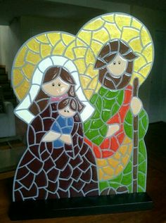 Holy family stained glass decor -- image only Tile Crafts, Mosaic Crafts, Mosaic Projects, Stained Glass Projects, Mosaic Art, Nativity Ornaments, Christmas Nativity, A Christmas Story, Christmas Crafts