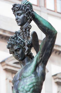 """Perseo con la testa di medusa "":Perseus holds fast the head of Medusa. Ancient Greek Sculpture, Ancient Greek Art, Greek Statues, Perseus And Medusa, Medusa Art, Michelangelo, Greek Mythology Tattoos, Roman Sculpture, Greek Gods And Goddesses"