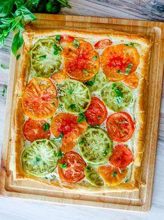 Heirloom Tomato Tart | DIVERSE DINNERS Tomato Tart Puff Pastry, Heirloom Tomato Tart, Frozen Puff Pastry, Puff Pastry Sheets, Heirloom Tomatoes, Eggs In Peppers, Tomato Season, Sliced Tomato, Side Salad