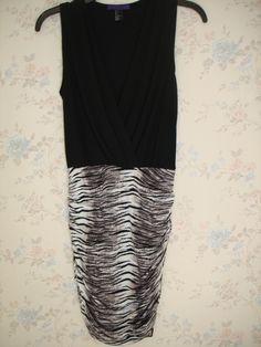 Vestido Forever 21 Color negro con disenño animal print