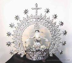 Corona con Diadema, linda obra para Virgen de 60 cms. Elaborada en plata de ley. (Antigüedades - Religiosas - Ornamentos Antiguos)