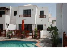 Casa Hibiscus - 3 Bed Villa for rent in Punta Mujeres Lanzarote sleeps up to 6 from £474 / €560 a week
