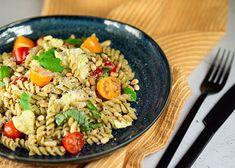 Mozzarella, Pasta Salad, Pesto, Grains, Rice, Ethnic Recipes, Food, Crab Pasta Salad, Essen
