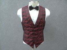 Unique Burgundy Lapel Vest / Mens Waistcoat 42 Large Lrg / Wedding / Mens Burgundy Waistcoat / Groom Vest / Groomsmen / Tuxedo Vest for Men