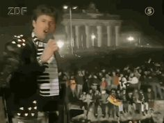 25 GIFs That Pay Tribute To Germany's Love Of David Hasselhoff