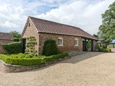 Enjoy a cottage holiday at The Bolthole. For that romantic getaway escape to this wonderful holiday property, brimming with character in a countryside location. Amazing Buildings, Romantic Getaway, Countryside, Britain, Exterior, Cabin, History, Architecture, House Styles