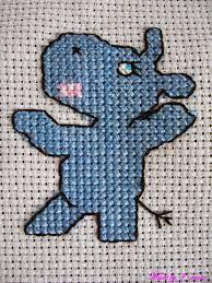 Znalezione obrazy dla zapytania hipopotam haft krzyżykowy