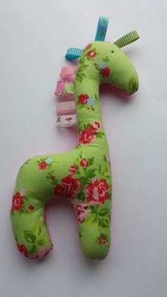 Baby Taggie Giraffe by BabyBunniesBoutique on Etsy Giraffe, Baby Gifts, Blankets, Dinosaur Stuffed Animal, Gift Ideas, Toys, Unique Jewelry, Handmade Gifts, Animals