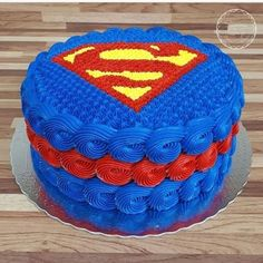 Fantastic Ideas For Kids' Birthday Cake - Life ideas Superman Birthday Party, Birthday Cakes For Men, Cakes For Boys, Bolo Do Superman, Superman Cupcakes, Bolo Super Man, Cartoon Cakes, Fathers Day Cake, Superhero Cake