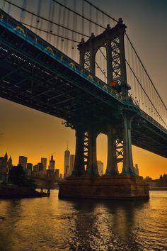 Manhattan Bridge at sunset by Alexander Marte