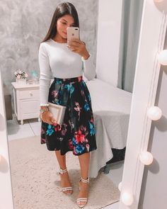 {Classy And Elegant Summer Outfits Sunday Church Outfits, Modest Church Outfits, Cute Modest Outfits, Cute Skirt Outfits, Dressy Outfits, Modest Dresses, Chic Outfits, Spring Outfits, Casual Dresses