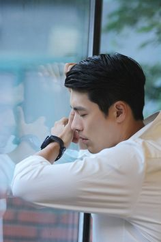Crash Landing On You-Hyun Bin-Korean Drama-Subtitle Hyun Bin, Drama Korea, Korean Drama, Asian Actors, Korean Actors, Hyde Jekyll Me, Korean Entertainment, Korean Star, Kdrama Actors