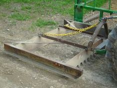 Risultati immagini per homemade road grader Farm Projects, Metal Projects, Welding Projects, Diy Welding, Garden Tool Shed, Garden Tool Storage, Homemade Tractor, Tractor Accessories, Tractor Mower