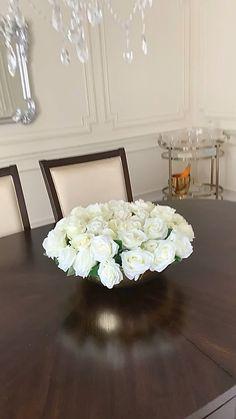 Diy Centerpieces, Table Decorations, Housewarming Decorations, Table Decor Living Room, Dining Room, Diy Crafts For Home Decor, Home And Deco, Home Interior Design, Floral Arrangements