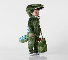 Dino dreams come true! They'll light up the night in prehistoric style with our Light-Up T-Rex Costume that's bound to be a dress-up favorite. It boasts battery-operated LED lights in the spikes on the head for a playful twist t T Rex Halloween Costume, Astronaut Halloween, Queen Halloween Costumes, Queen Costume, Halloween 2018, Scary Halloween, Halloween Ideas, Halloween Party, Toddler Dinosaur Costume