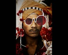 #occhiali #mondo #moda #fashion  #world #sunglasses #glasses #ethnic #color #love #peace #creative #beauty #unique #lenses #vintage #biciclo #telaio #bicycle #tribù #accessorize #respect #strong #man #woman #alternative #metallic #curves #design #noracism #Torino #Sicilia #project #style #young #old