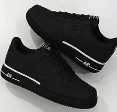 All Black Shoes, Nike Shoes Blue, Dr Shoes, Cute Nike Shoes, Swag Shoes, Hype Shoes, Air Max Sneakers, Black Nike Sneakers, Sneakers Mode