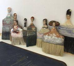 paintbrush figures by Rebecca Szeto Fine Art … - Assemblage Art Paint Brush Art, Paint Brushes, Found Object Art, Junk Art, Assemblage Art, Recycled Art, Repurposed, Outsider Art, Art Plastique