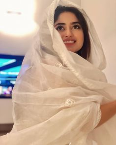 How cute does SajalAli look in this shot 💛👌🏻 celebspotting celebstyle ootd trending stylediaries Pakistani Girls Pic, Pakistani Bridal Dresses, Wedding Dresses, Sajal Ali, Stylish Girl Images, Stylish Girl Pic, Muslim Beauty, Girl Hijab, Hijabi Girl