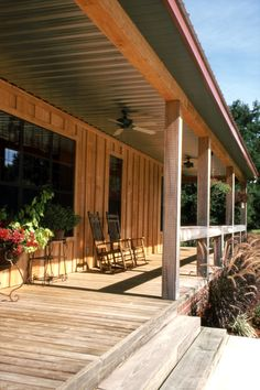 Front country porch maybe lower ceiling height and do this? Porch Kits, Porch Ideas, Patio Ideas, Outdoor Ideas, Porch Ceiling, Building A Porch, Remodeling Mobile Homes, Decks And Porches, Front Porches
