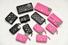 กระเป๋าเงินกระเป๋านามบัตร Chanel in Black GHW / Hot Pink ของใหม่พร้อมส่ง‼️ - Iris Shop