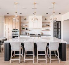 Home, Home Kitchens, Kitchen Remodel, Kitchen Design, White Modern Kitchen, Kitchen Inspirations, New Kitchen, Home Decor Kitchen, Kitchen Interior