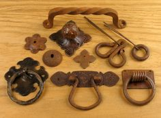 Hand forged rustic iron hardware for drawers, cabinets and furniture. Find the perfect iron knobs, handles and drawer pulls for your project.