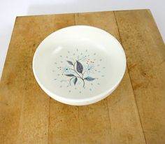 Mid Century Cereal Soup Bowl / Turquoise Blue Atomic Mod Flowers