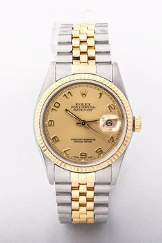 A pre-owned gents Rolex Datejust watch from 1991 with champagne dial in excellent condition. Two tone jubilee strap. Original cert and box included. Gents Watches, Rolex Watches, Vintage Watches For Men, Wedding Summer, Oyster Perpetual, Rolex Datejust, Dublin Ireland, Luxury Jewelry, Summer Outfit