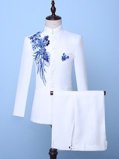 Men's Suits, Dress Suits For Men, Men Dress, Mens Kurta Designs, Wedding Dresses Men Indian, Wedding Suits, Wedding Groom, Party Wedding, Indian Men Fashion