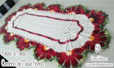 Caminho de Mesa Florido de Crochê