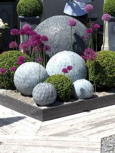 31 Awesome Diy Garden Art Design Ideas And Remodel. If you are looking for Diy Garden Art Design Ideas And Remodel, You come to the right place. Below are the Diy Garden Art Design Ideas And Remodel. Garden Art, Garden Projects, Garden Balls, Garden Globes, Front Yard Landscaping, Concrete Projects, Concrete Garden, Backyard Garden Design, Modern Garden