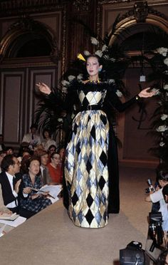Juillet 1979. Haute couture hiver 1979/80. Getty Images.