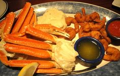 Red Lobster Coupon get a Sea Food Trio for $15.99 and more!!! #restaurantcoupons #redlobster #bogo