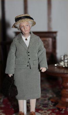 Miss Marple 1/12 Scale Dolls House Doll
