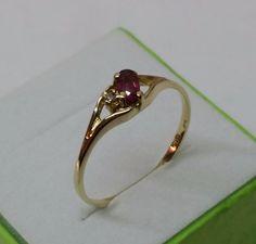 Vintage Ringe - 333er Goldring mit Rubin und Diamant GR134 - ein Designerstück…