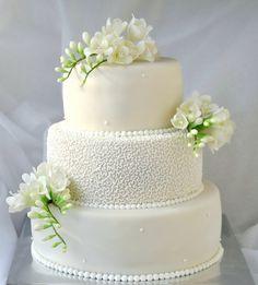 """Vaizdo rezultatas pagal užklausą """"vestuviniai tortai"""""""