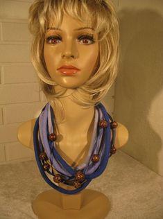 Сделано из: шерсть мериноса, деревянные бусины, шелковая лента. Длина 74 см. Princess Zelda, Character, Lettering