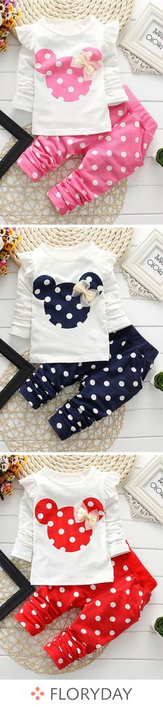 Baby Clothes Patterns Girl Polka Dots Ideas For 2019 Baby Girl Dress Patterns, Baby Clothes Patterns, Little Girl Dresses, Baby Dress, Lila Outfits, Toddler Outfits, Trendy Baby Clothes, Diy Clothes, Girl Doll Clothes